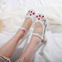 Giày Thêu Hán Phục Đế 6cm 2-38