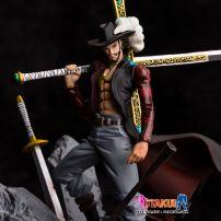 Mô Hình Dracule Mihawk (One Piece)